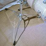 Ouverture de l'embase du pied de cymbale